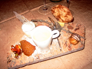 Dessert at Le Mesclun restaurant in Seguret