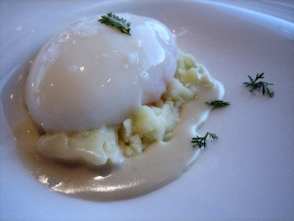 low temperature poached egg with blue cheese sauce, Mirazur, French Riviera