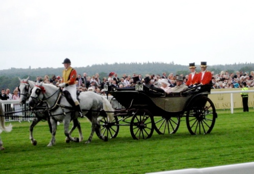 Queen's arrival in the Royal Procession, Ascot 2007