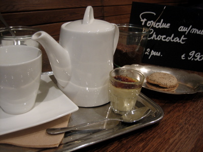 Frederic Blondeel mint tea and macaroon, St. Catherine, Brussels