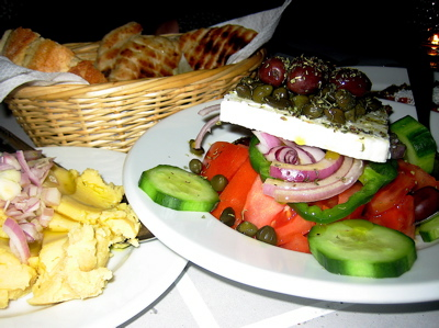 food at Mamacas taverna