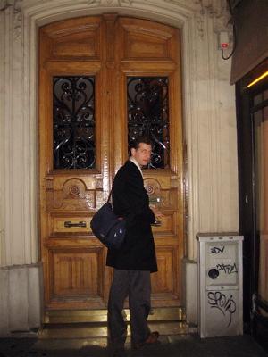 doorway to the Hidden Kitchen, Paris