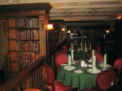 Cafe Pushkin interior