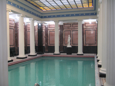 cooling pool at Sanduny Baths