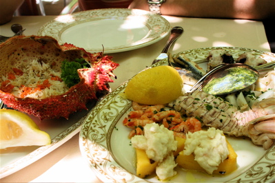 spider crab and seafood platter at Corte Sconta