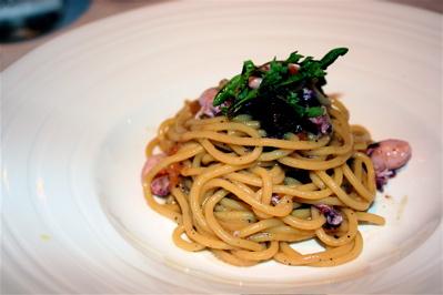 spaghetti with seafood at Vecio Fritolin
