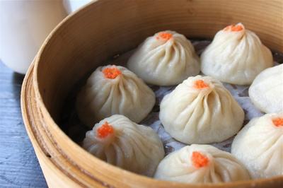 crab xiao long bao (soup dumplings) at Leong's Legend