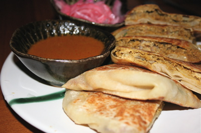 murtabak ayam (chicken-filled roti) at Awana Mayalsian restaurant