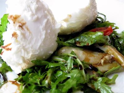 buffalo mozzarella salad at St. Alban's