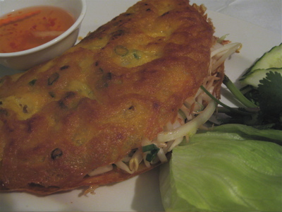 Vietnamese pancake at Mien Tay