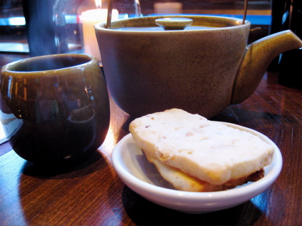 ginger-honey tea at Busaba Eathai