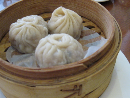 disappointing xiao long bao at Shanghai restaurant