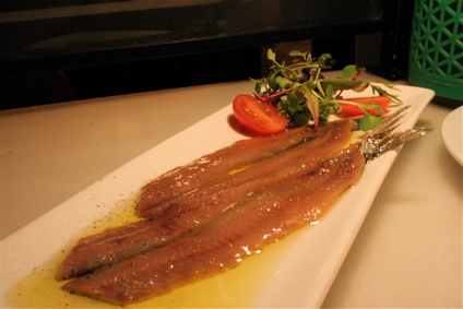 marinated anchovies for 13 euros at Bar Mut