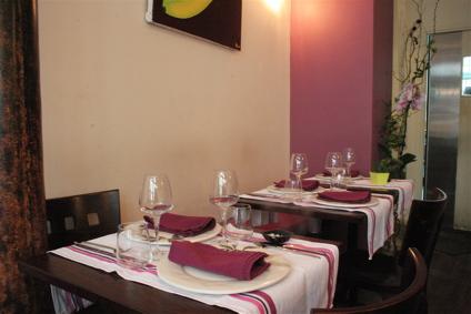 interior of Restaurant Le Gaigne in the Marais, Paris