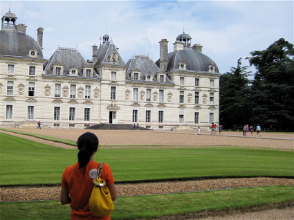 contemplating yet another beautiful chateau (Chateau de Cheverny)