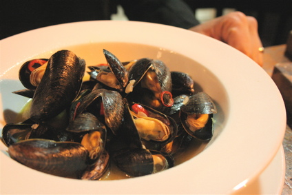 mussels steamed in cider and chilis